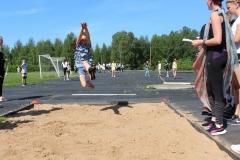 kaugushüpe-Annika-Kaljumäe-foto